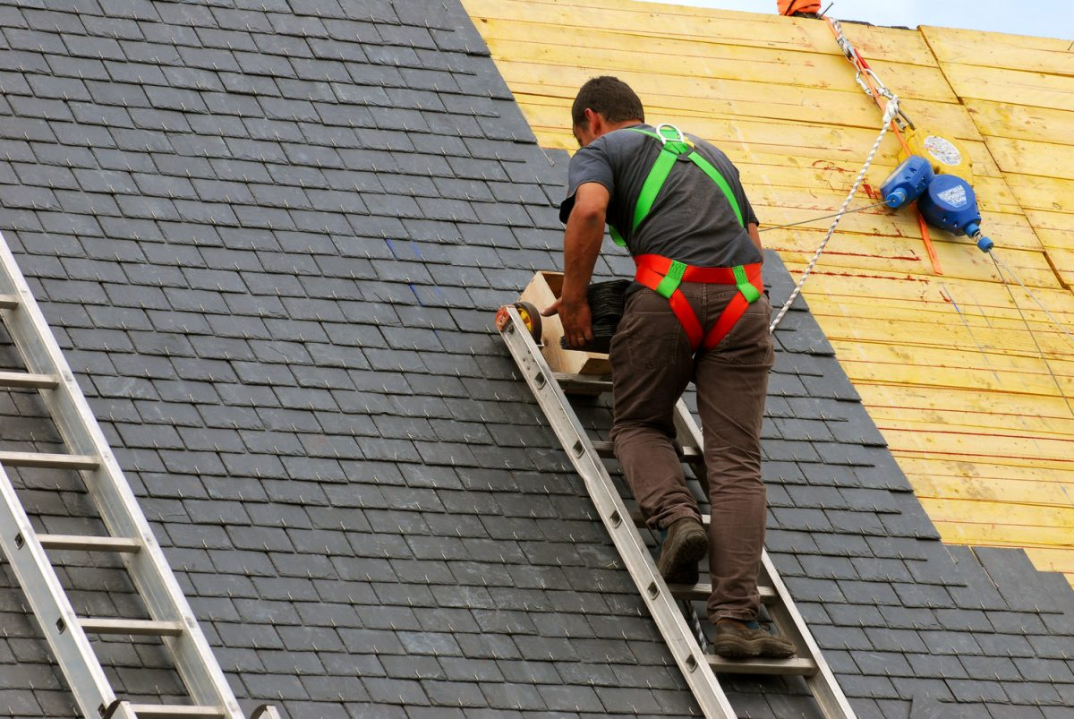 Roofing Experts – Call Them Now to Get Rid of Your Roofing Woes